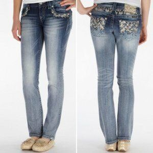 Miss Me Signature Straight low rise bling Jeans 26